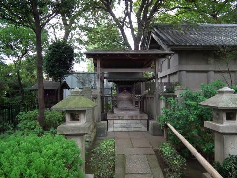 【白山神社のあじさい】アクセス・営業時間・料金 …